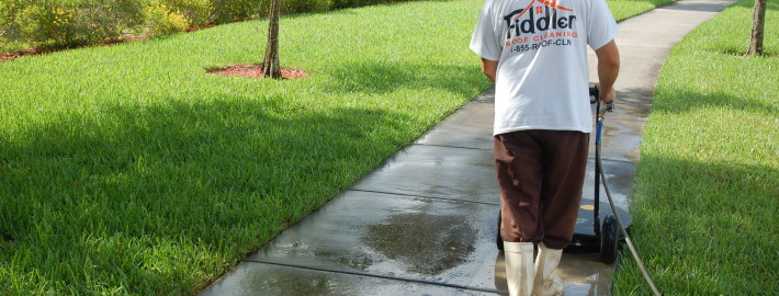 Top Benefits of Hiring a Professional Commercial Power Washing Company